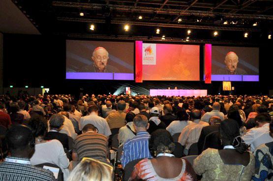 A Primeira Conferência do Encontro Mundial das Famílias