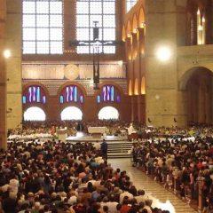 "IBGE divulga dados, CERIS mostra ""Igreja viva"""