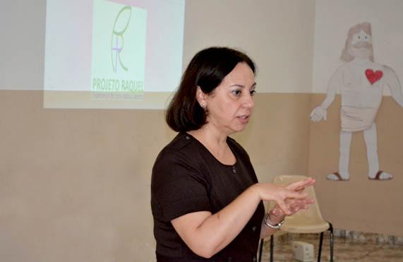 A Diretora teológica e terapeuta, Isaura Cunha veio dos Estados Unidos, para trazer o projeto para o Brasil