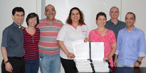 Coleta de assinaturas em Defesa da Vida