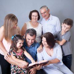 Tríduo Pascal em família: confira duas opções para celebrar em casa